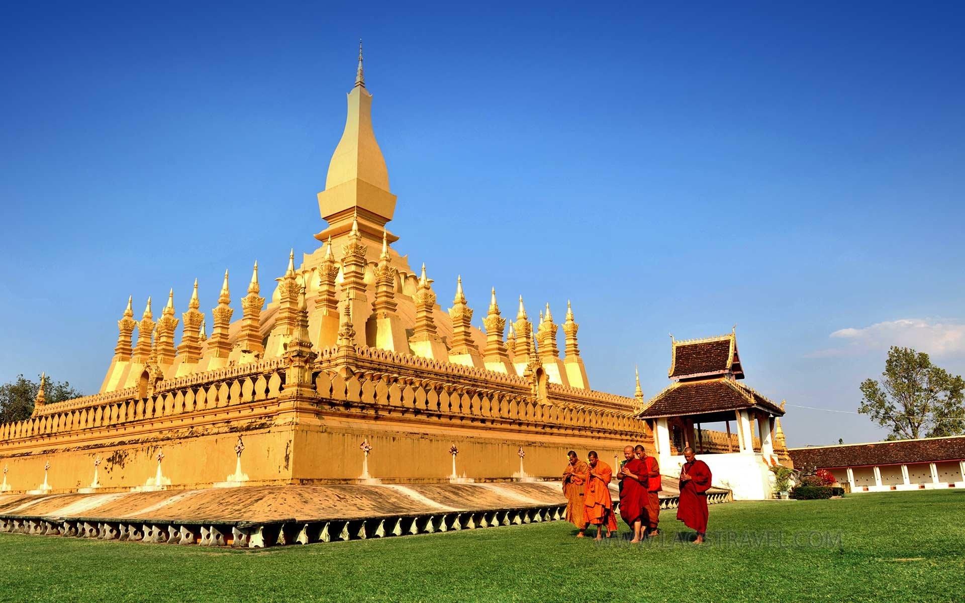 Indochina Tour ( Vietnam, Laos, Cambodia) - 15 Days